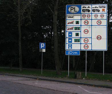 Będą zmiany na znakach drogowych. Przepisy już gotowe