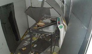 W szpitalu w Koźminie Wlkp. spadła winda - dwie salowe zostały ranne