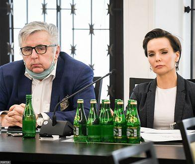 """""""Internal error"""". Jak manipulowanie przy liście przebojów Trójki zmieniło polskie media"""