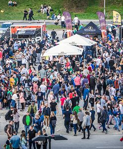 Festiwal Food Trucków i Mistrzostwa Burgerowe na błoniach PGE Narodowego