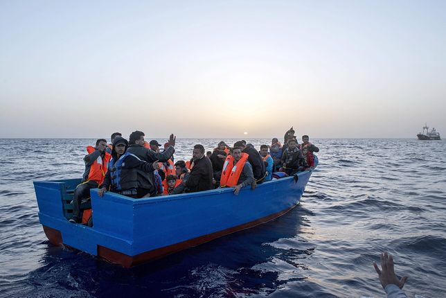 W podobnych warunkach uchodźcy próbują przedostać się do Jemenu