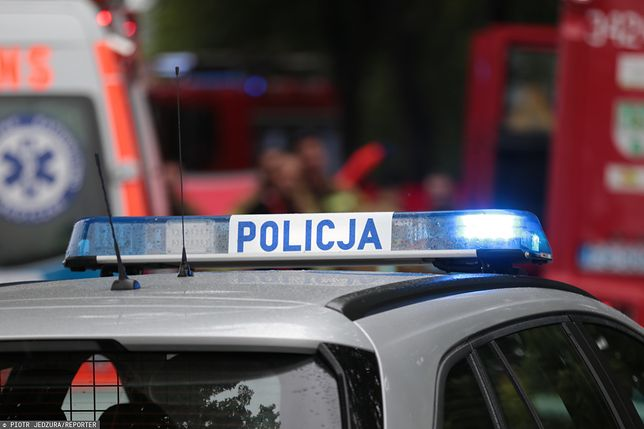 Ostrowite. Policjantka przygnieciona przez radiowóz (zdjęcie ilustracyjne)