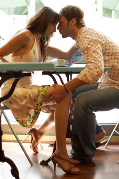 5 pytań, których boisz się zadać na pierwszej  randce