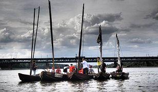 Flisacy poprowadzą orszak drewnianych łodzi na Wiśle