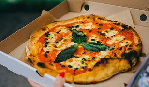 """Trudno odpowiedzieć na pytanie, skąd się wzięło słowo """"pizza"""""""