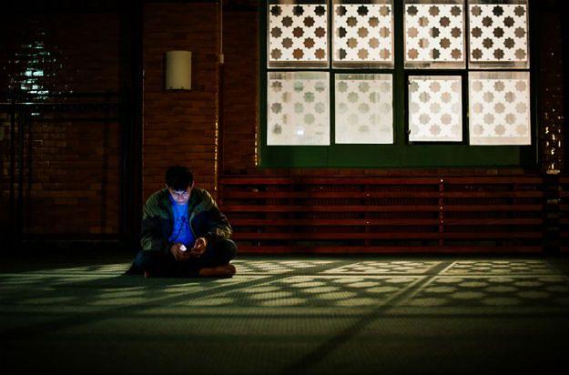 Uchodźca w meczecie w Sztokholmie, który udziela tymczasowego schronienia przybyszom