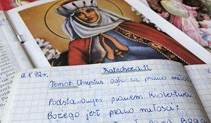 Lekcje religii organizowane są w szkołach od 1990 r.