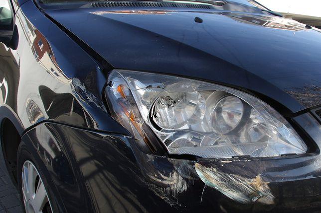 Rybnik. Szalał na parkingu. 5 aut rozbitych (zdj. ilustracyjne)