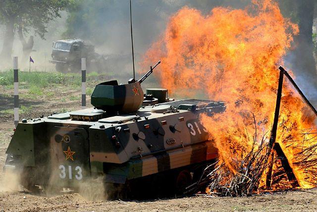 Pracowite lato rosyjskiej armii. Niemal każdego dnia przeprowadzano kolejne manewry