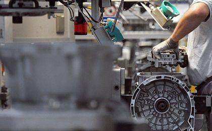 Spadała produkcja przemysłowa w strefie euro, wzrosła w Polsce
