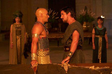''Exodus: Bogowie i królowie'': Mojżesz i morze dodatków [RECENZJA BLU-RAY]