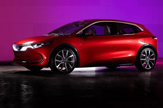 Nad pierwszym polskim elektrykiem – marką Izera – pracuje też ElectroMobility Poland. Pod koniec lipca spółka zaprezentowała dwa prototypy: SUV-a i hatchbacka.