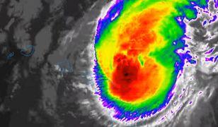 USA. Huragan Douglas uderzył w Hawaje. Władze ostrzegają mieszkańców