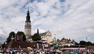 Częstochowski radny SLD Sebastian Trzeszkowski domaga się od arcybiskupa Wacława Depo złotówki od pielgrzyma