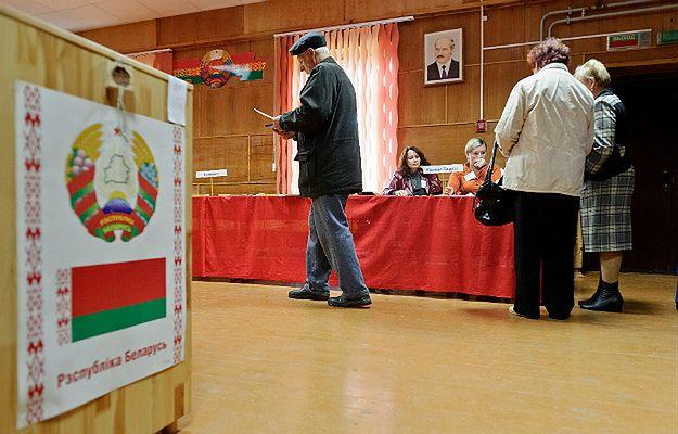 Wybory prezydenckie na Białorusi. Statkiewicz: głosowanie zostało już sfałszowane