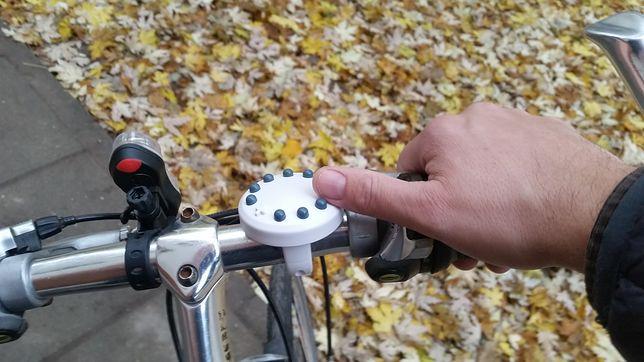 """""""Różaniec rowerowy to wynalazek nie tylko dla modlących się rowerzystów"""" - przekonują pomysłodawcy."""