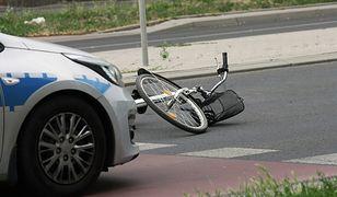 Rowerzysta w ciężkim stanie trafił do szpitala