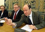 Rostowski: na razie nie ma planów podniesienia podatków i nowelizacji budżetu