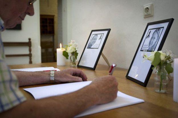 Księga kondolencji w ratuszu Amersfoort, holenderskiego miasta, z którego pochodziły kobiety; czerwiec 2014 r.