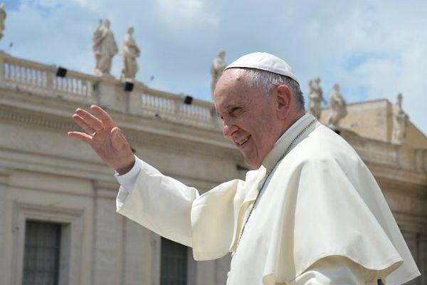 Franciszek o dożywotnich urzędach w Kościele