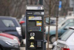 Warszawa. Zniosą ulgi dla medyków za parkowanie? Zdecydują radni