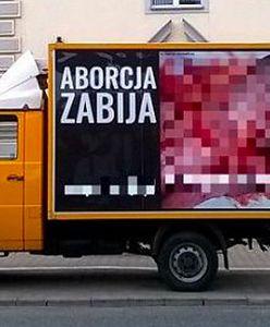 Warszawa. Zakaz dla pojazdów propagujących treści homofobiczne? Jest decyzja radnych