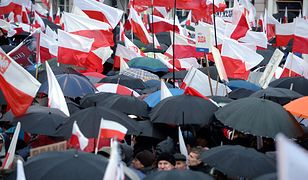Zdjęcie archiwalne: Marsz Wolności i Solidarności w Warszawie, 13 grudnia 2015 r.