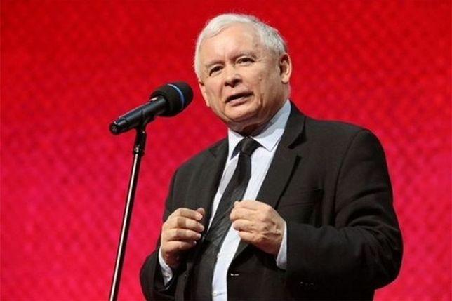 """Co dalej z pomnikami smoleńskimi? Kaczyński: """"być może będą pewne zmiany"""""""