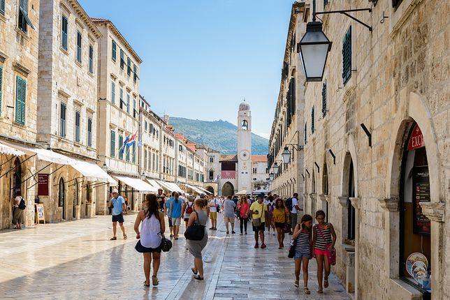 Dubrownik jest jednym z najpopularniejszych wśród turystów miast w Chorwacji