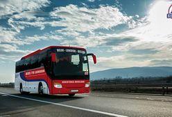 Busem z Wielkiej Brytanii do Indii. 70-dniowa trasa prowadzi przez Polskę