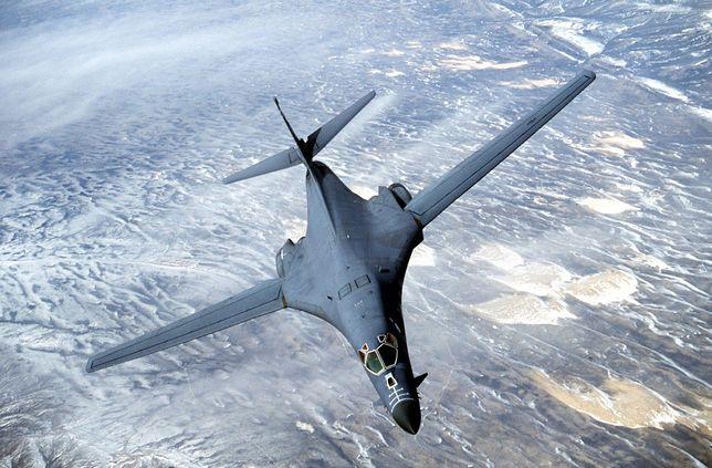 Bombowce brały wcześniej udział we wspólnych ćwiczeniach wojskowych Korei Południowej i USA.