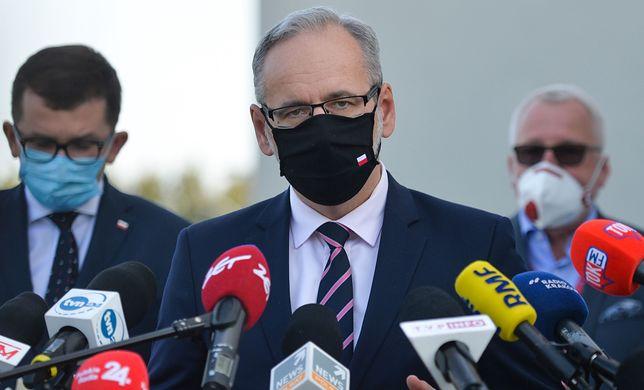 Nowe obostrzenia. Konferencja ministra zdrowia Adama Niedzielskiego