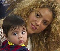 Shakira z synkiem na meczu