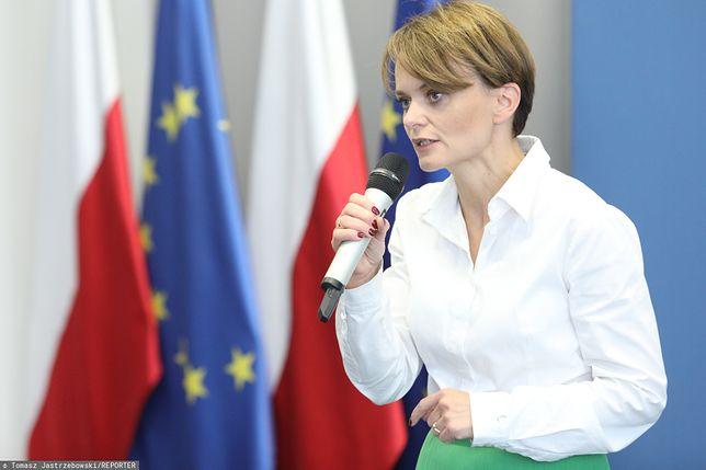 Wybory parlamentarne 2019. Jadwiga Emilewicz w Poznaniu odpowiadała na pytanie nauczycielki