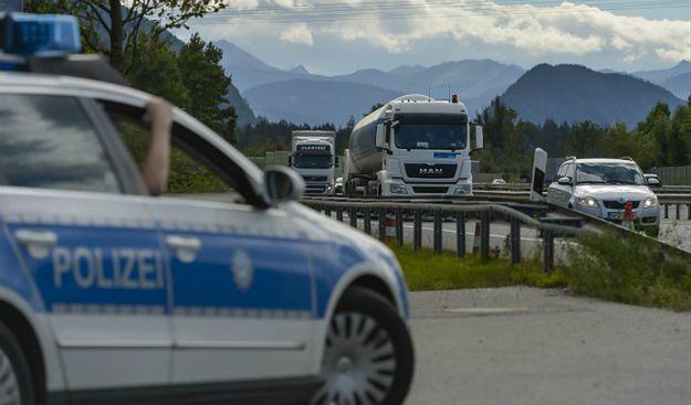 """Niemiecka policja chce płotu na granicy państwa. """"Nasz wewnętrzny ład jest zagrożony"""""""