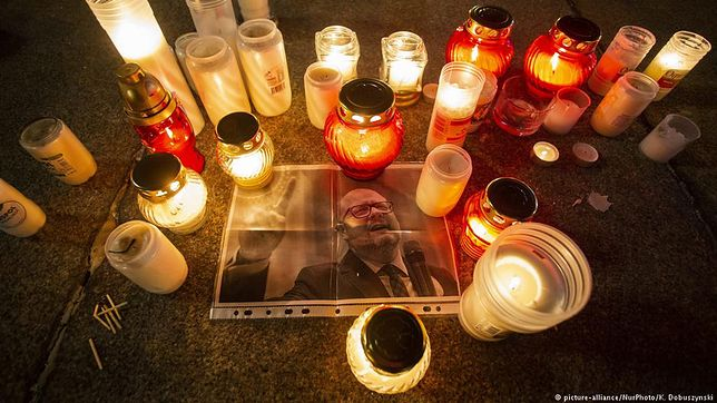 Polska jest w szoku po zabójstwie Pawła Adamowicza