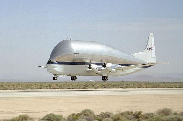 Aero Spacelines Pregnant Guppy i Super Guppy