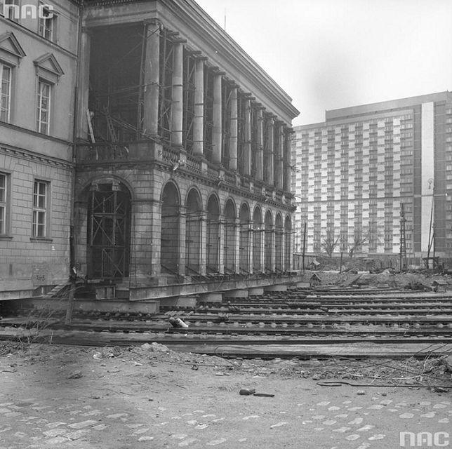 Jak obracano pałac Lubomirskich?