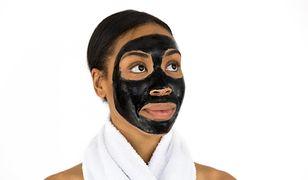 Czas trzymania maseczki na twarzy może wpłynąć na jakość skóry. Również niekorzystnie