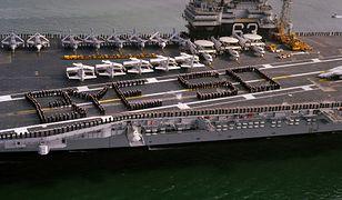 Dwa lotniskowce za dwa centy. Marynarka Wojenna USA sprzedała okręty na złom