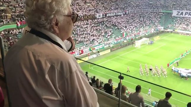 Kolejny mecz Legii z wyjątkową oprawą. Na widowni uczestniczka Powstania Warszawskiego