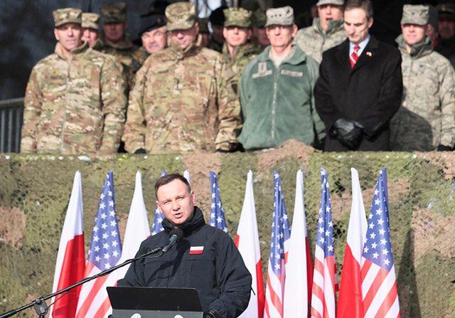 """God bless American soldiers"". Duda w Żaganiu"