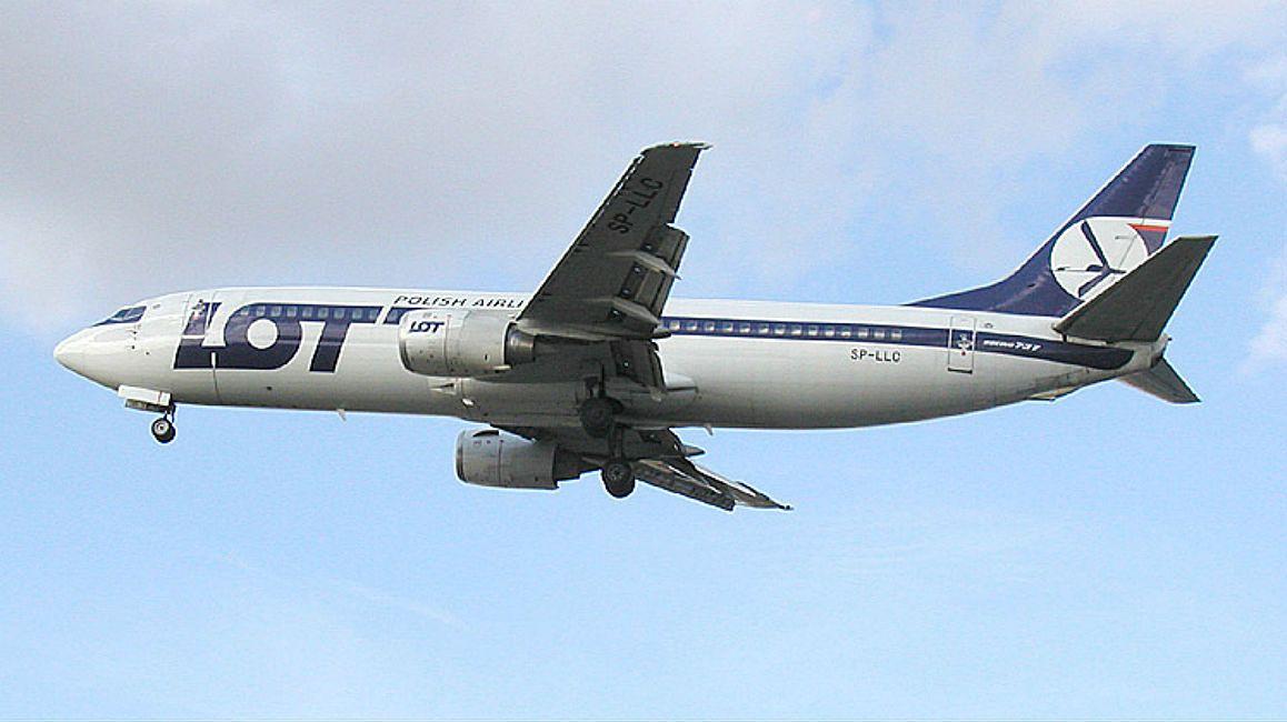 Warszawa. Awaryjne lądowanie Boeinga 737 na lotnisku Chopina