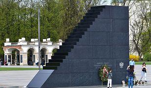 """Sąd o sprawie znieważenia pomnika smoleńskiego. """"Działania policji przesadzone"""""""