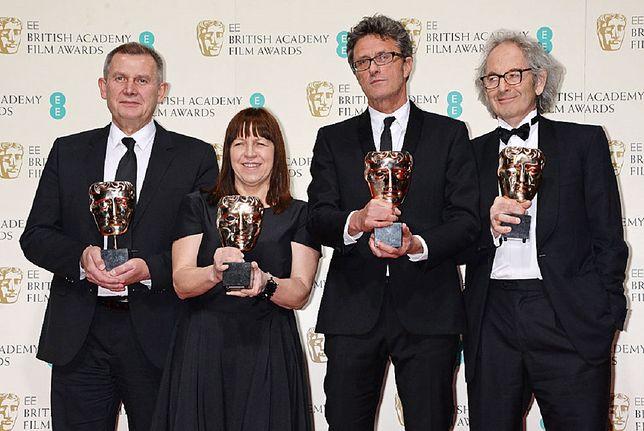 Od lewej: Piotr Dzięcioł, Ewa Puszczyńska, Paweł Pawlikowski i Eric Abraham z Nagrodami Brytyjskiej Akademii Filmowej