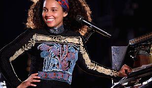 Adam Levine, Alicia Keys i dyskusja na temat makijażu