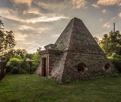 Piramidy są nie tylko w Egipcie. Znajdziesz je również w Polsce