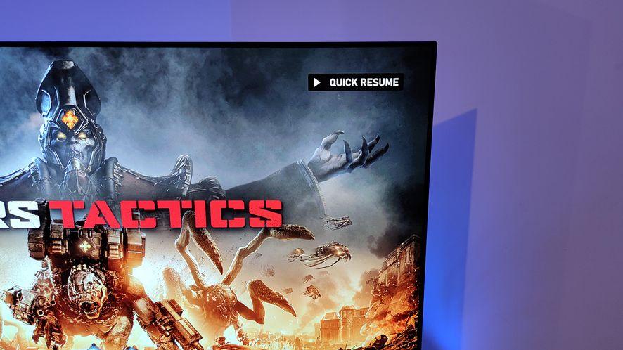 Quick Resume na Xbox Series X ze stosowną ikonką w rogu ekranu
