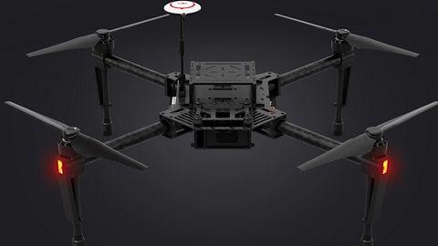 Zasiądź za sterami drona korzystając z gogli VR i ruchów własnych rąk