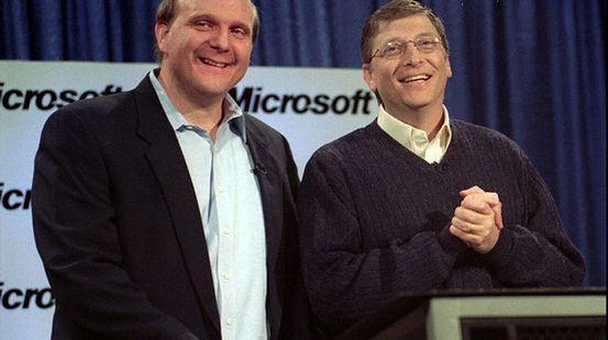 Bill Gates ogłasza Steve Ballmera nowym CEO Microsoftu (styczeń 2000 rok) źródło: The Wall Street Journal